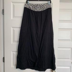 Tribal Detail Maxi Skirt